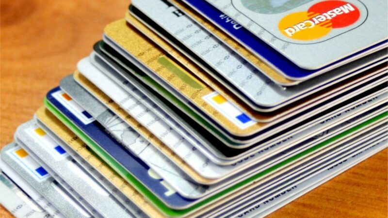 What Are The Perks Of Having A Credit Card While Applying For A Loan